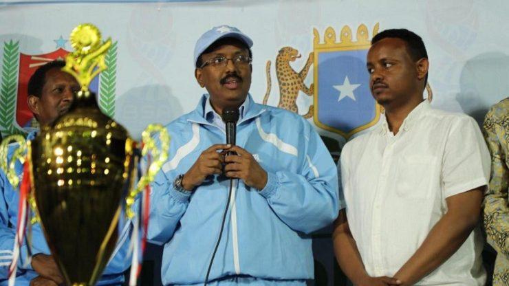 SOMALIA: President Farmajo joins fans at Mogadishu football final
